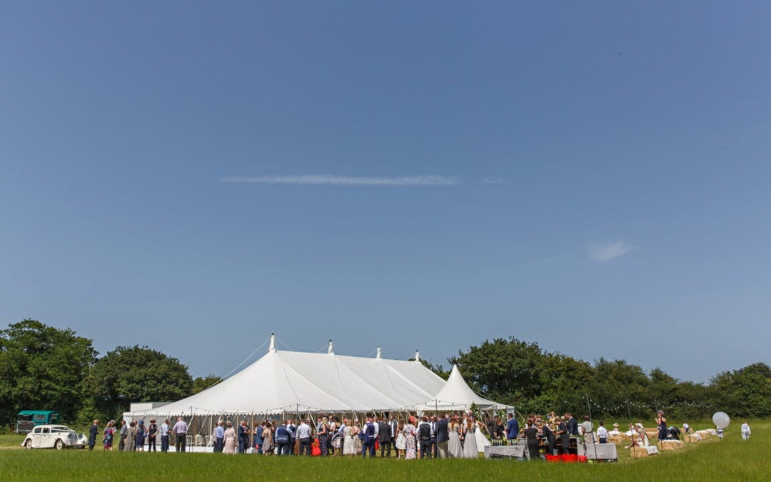 Marquee Wedding Planning – When should you host your marquee wedding?