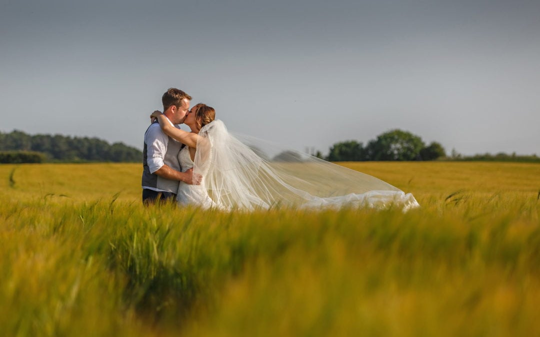 Thinking of planning a micro wedding? Top tips right here!