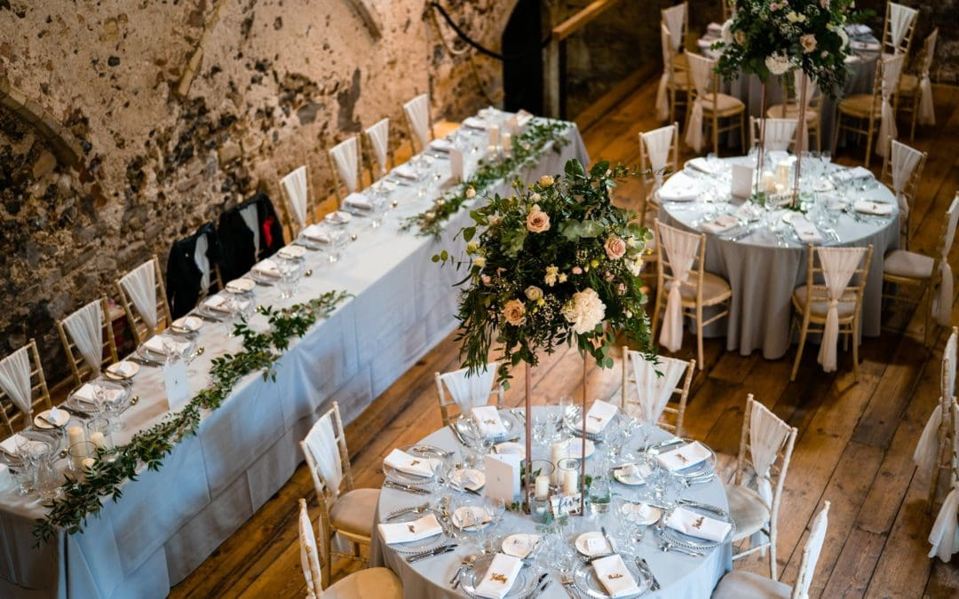 How to create your wedding seating plan!