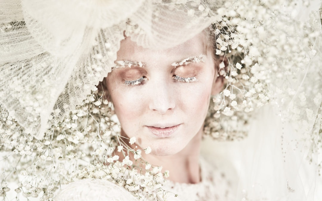 One Curious Dream published on the English Wedding Blog